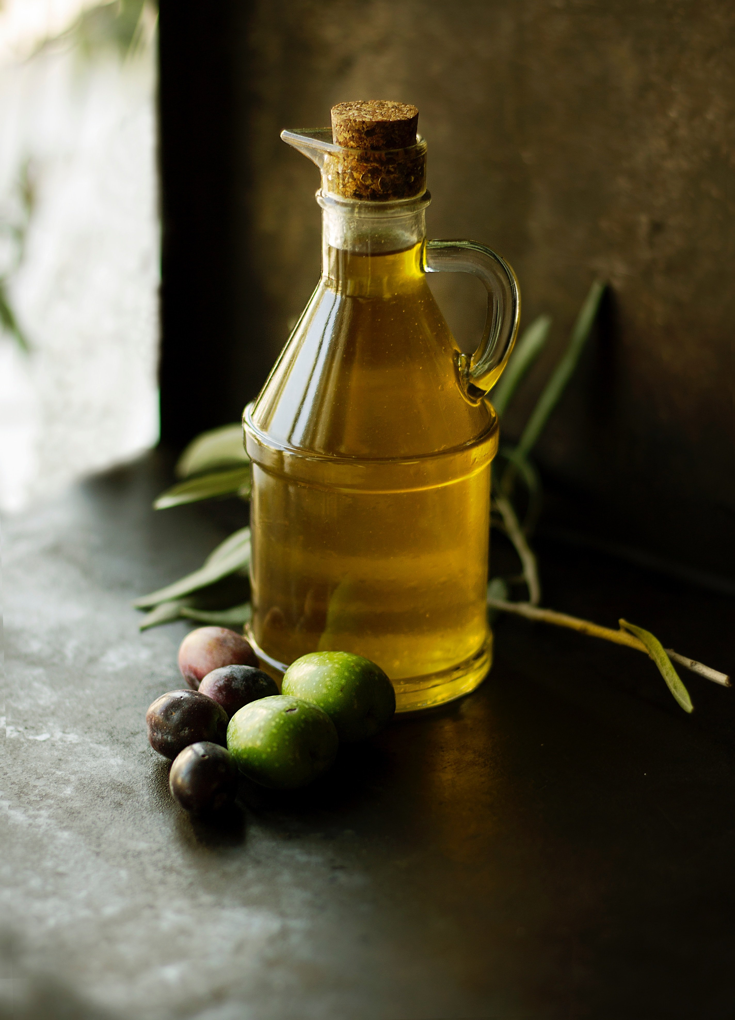 olive oil is the basis for the Sicilian kitchen