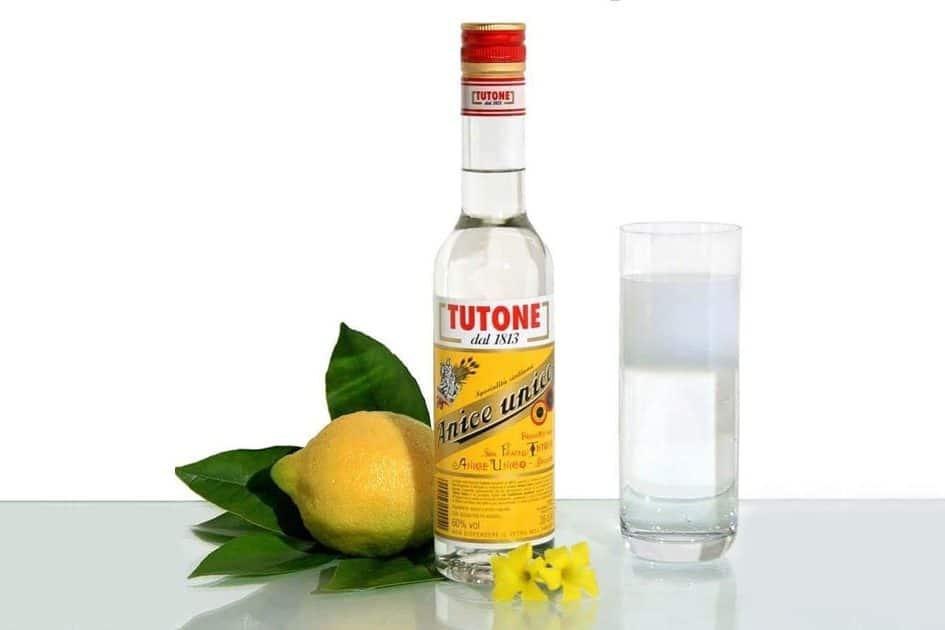water with zammu (aniseed), a street drink