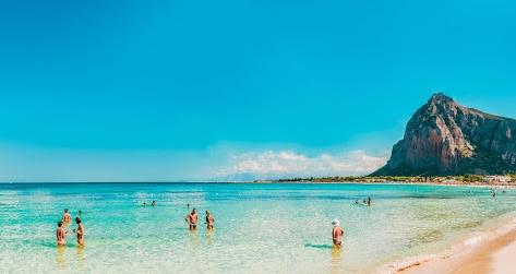 visit Sicily, half deserted beaches